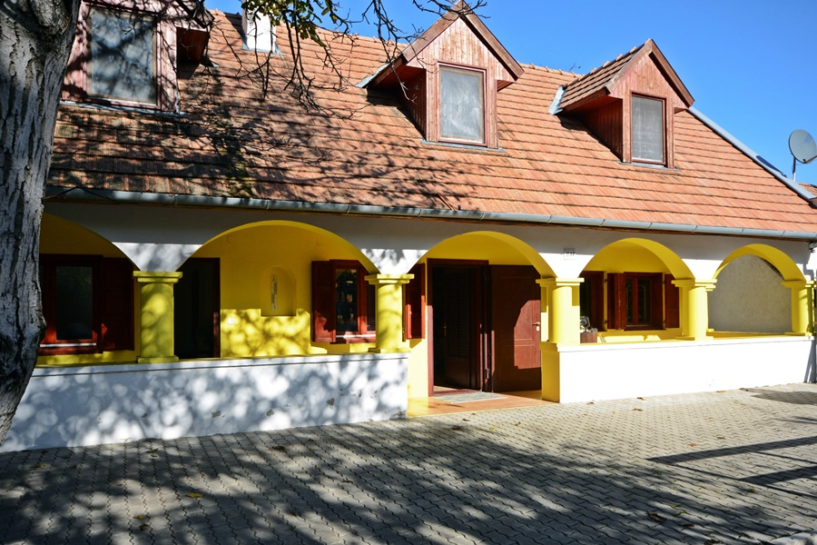 Holiday home for sale just north of Lake Balaton