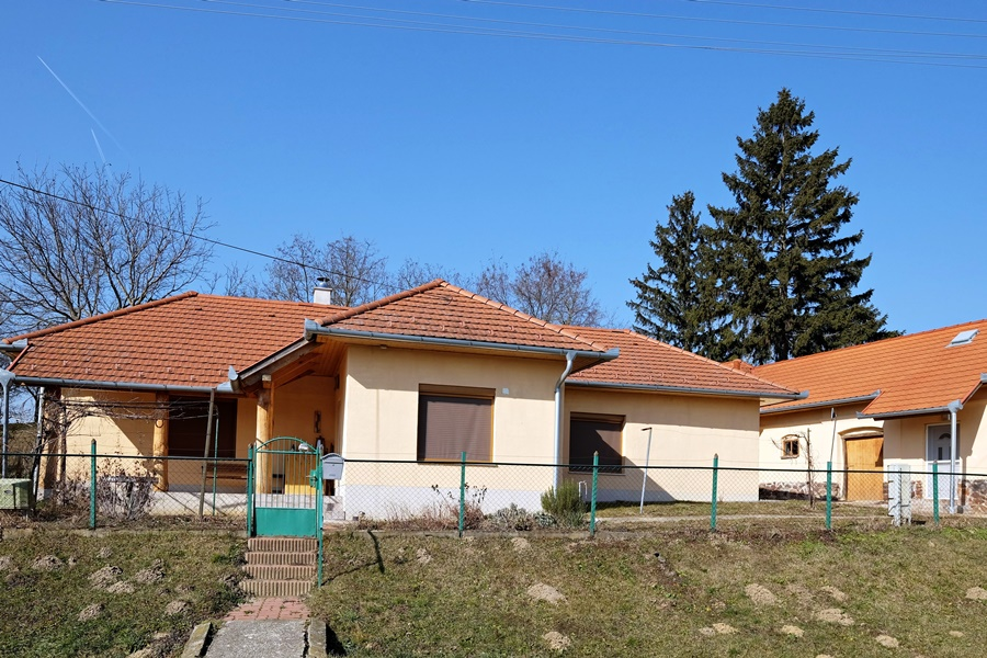 Family house for sale not far from Lake Balaton