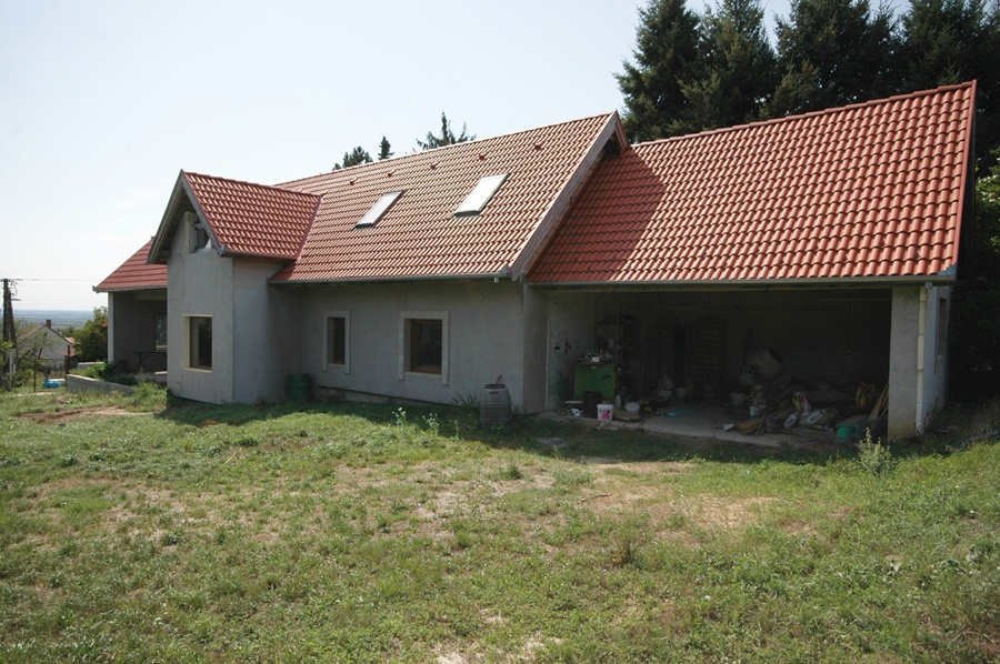 Detached house finished to 60% under construction 2 km from Hévíz in a peaceful settlement