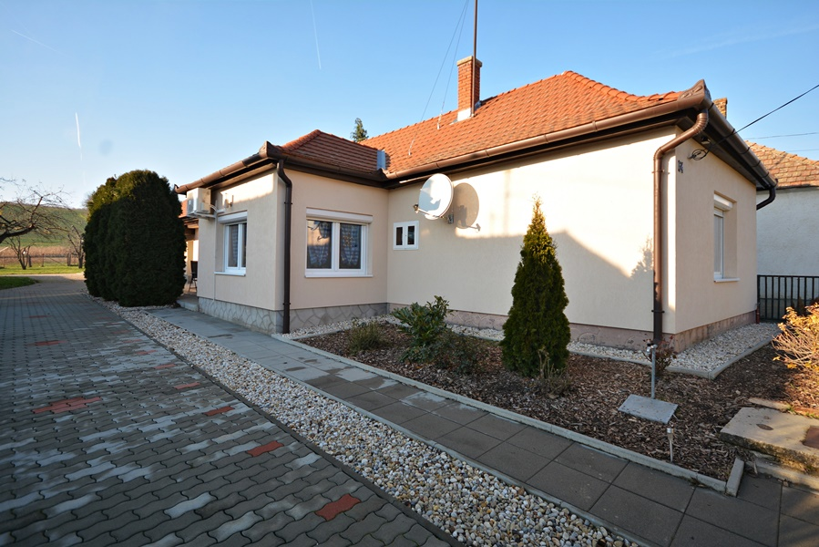 Completely renovated detached house in peaceful, provincial surroundings 10 km from Hévíz