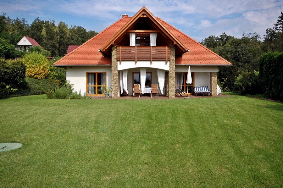 Very high quality house close to lake Balaton