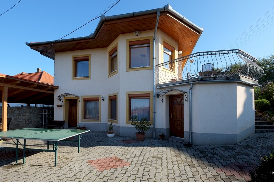 Detached house for sale in a suburb of Keszthely